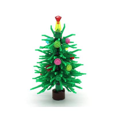Украшенное рождественское дерево